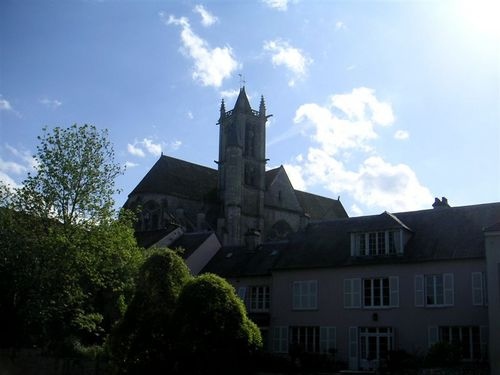 Moret_sur_loing_may_2005_006